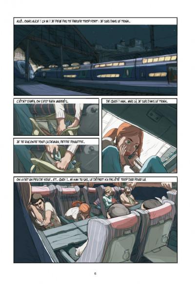 Page 2 Elle(s)