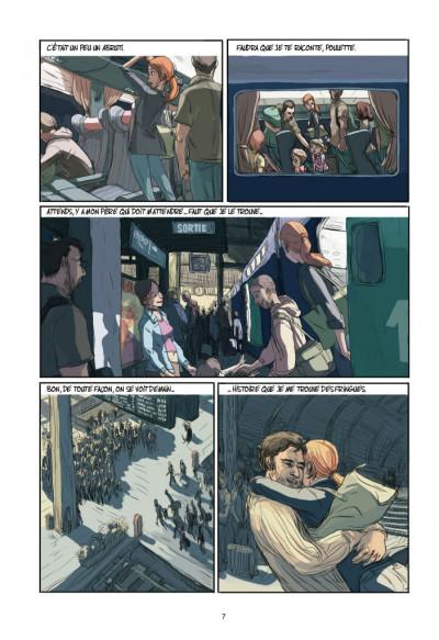 Page 3 Elle(s)