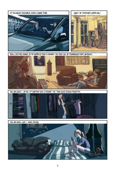 Page 4 Elle(s)