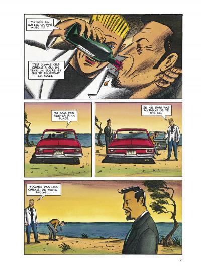 Page 8 Black dog