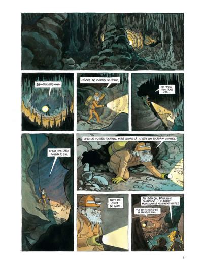 Page 1 voyage en Satanie tome 1