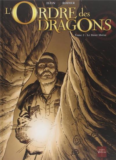 Couverture l'ordre des dragons tome 2 N&B