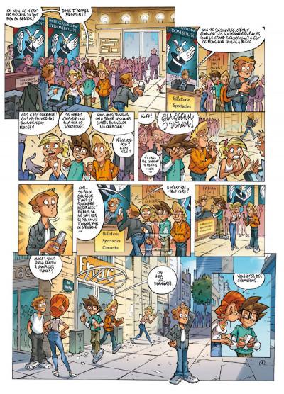 Page 1 Le collège invisible tome 12