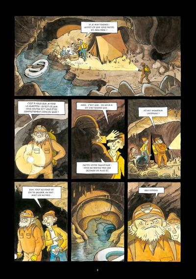 Page 4 Satanie