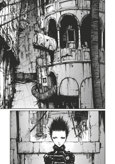 Page 4 Blame - deluxe tome 5