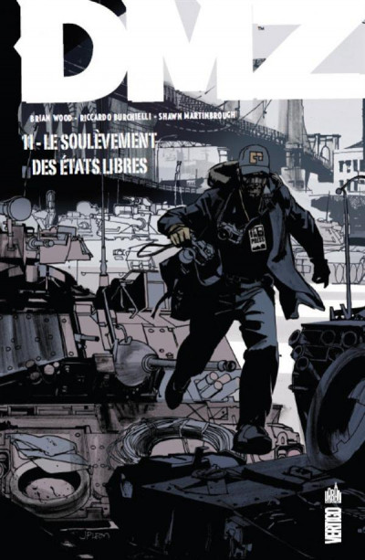 Couverture Dmz tome 11 - le soulèvement des Etats libres (cartonné)