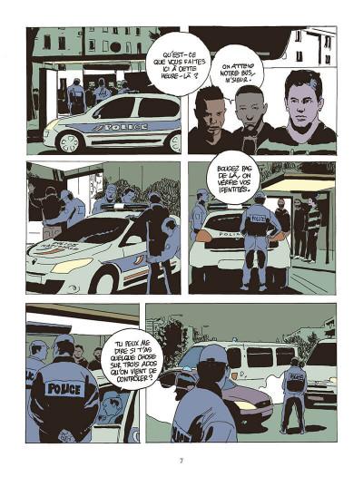 Page 7 La force de l'ordre