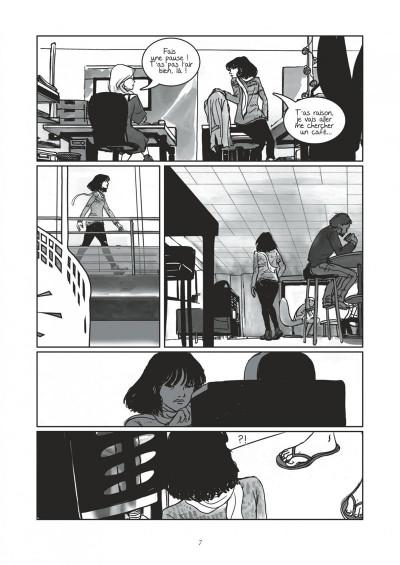 Page 7 Entre ici et ailleurs