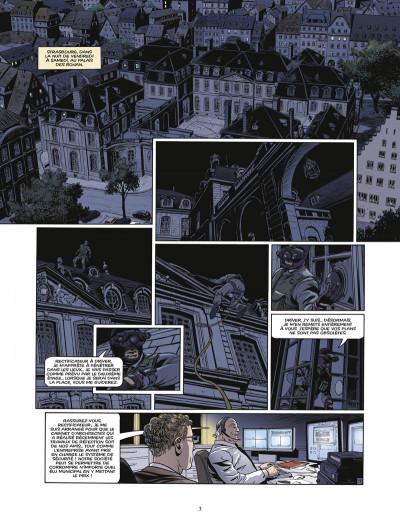 Page 1 le triangle secret - les gardiens du sang tome 3 - le carnet de Cagliostro
