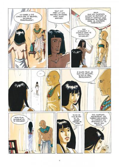 Page 2 sur les terres d'Horus - intégrale tome 1 à tome 4