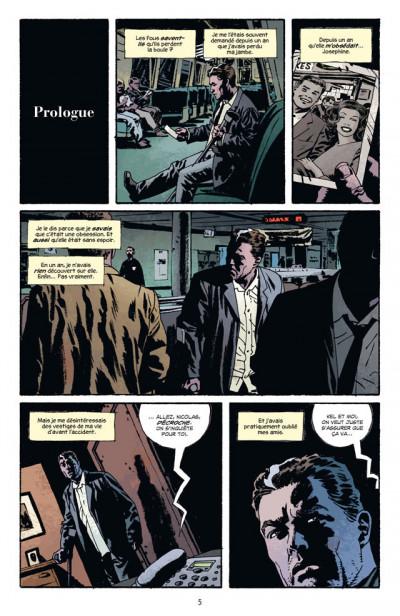 Page 1 fatale tome 2 - la main du diable