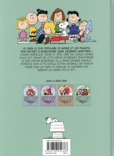 Dos Snoopy et le petit monde des Peanuts tome 4