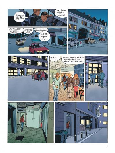 Page 7 secrets - cavale tome 3/3