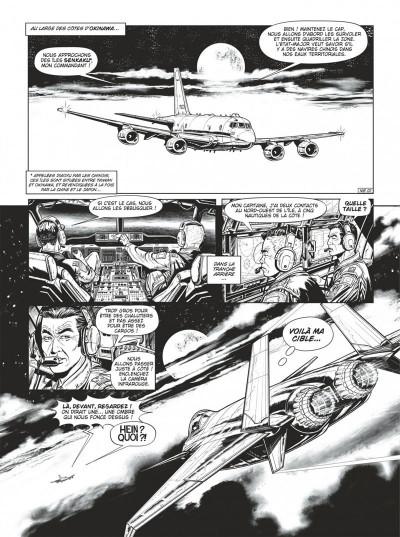 Page 3 Buck Danny tome 54 (noir et blanc)