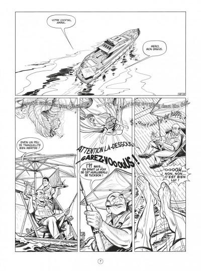 Page 7 Buck Danny tome 54 (noir et blanc)