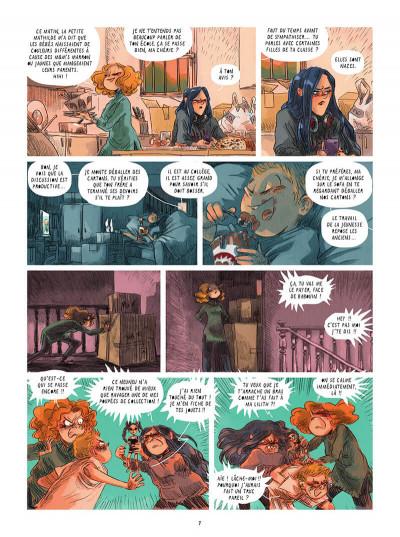 Page 8 Le réveil des poupées