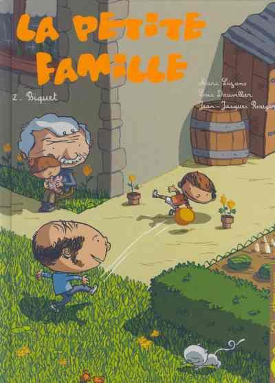 Couverture la petite famille tome 2 - biquet