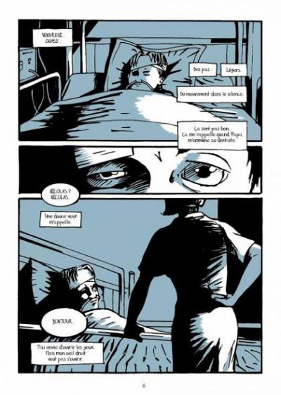 Page 2 bleu(s)