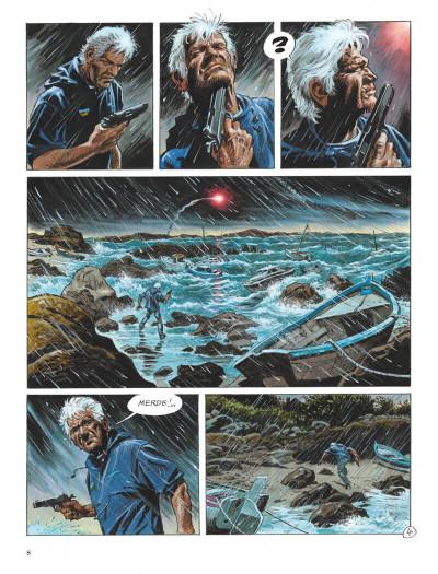 Page 8 Un homme qui passe