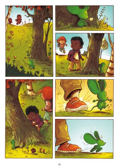 Page 4 Pas de deux
