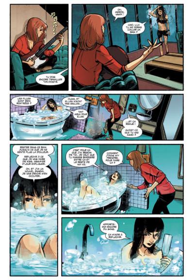 Page 1 Kiss Vampirella