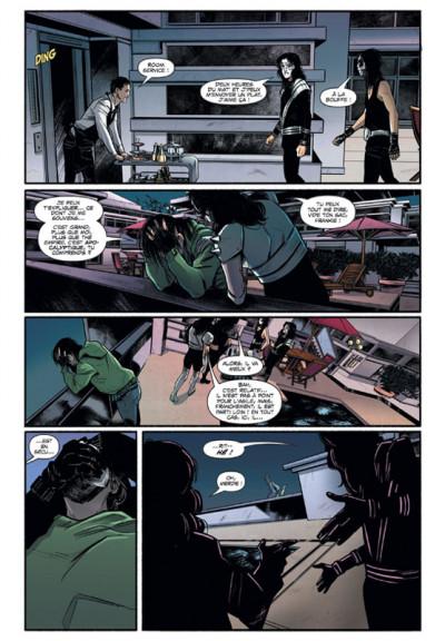Page 4 Kiss Vampirella
