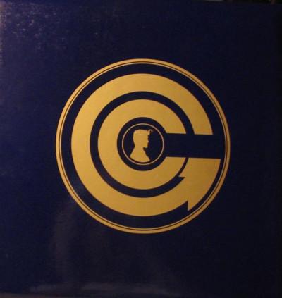 Couverture Le grand album souvenir de Golden City