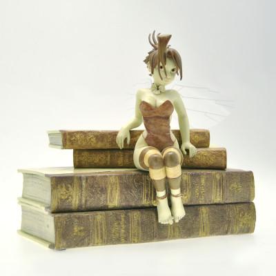 Page 2 figurine Clochette et les Livres - Édition Whitechapel