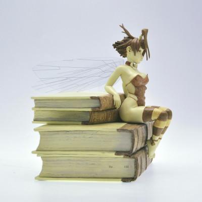 Page 3 figurine Clochette et les Livres - Édition Whitechapel