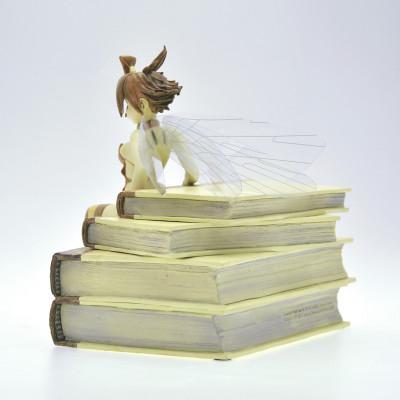 Page 6 figurine Clochette et les Livres - Édition Whitechapel