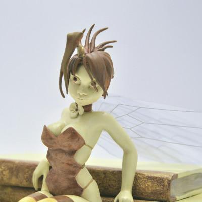 Page 8 figurine Clochette et les Livres - Édition Whitechapel