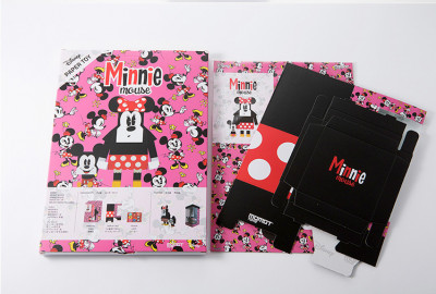 Page 7 Paper Toys Momot : Minnie et Mickey (M)