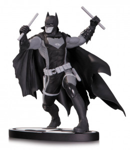 Figurine Batman Black & White statuette Earth 2