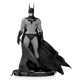 Figurine Batman Black & White par Michael Turner