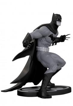 Batman Black & White statuette par Greg Capullo